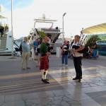Jean-François et Olivier sur le port de Toulon pour la fête de la musique 2013 - 03
